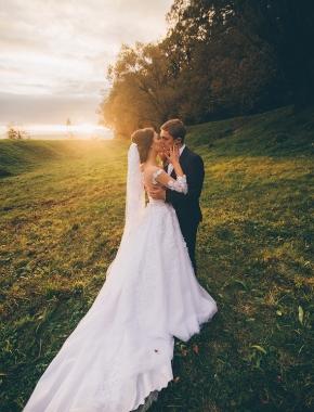 Наші наречені.295